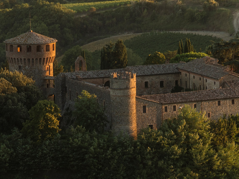 https://winelist.nl/media/cache/16x9_thumb/media/image/brand-banner/CastellodellaSala_Estate.jpg