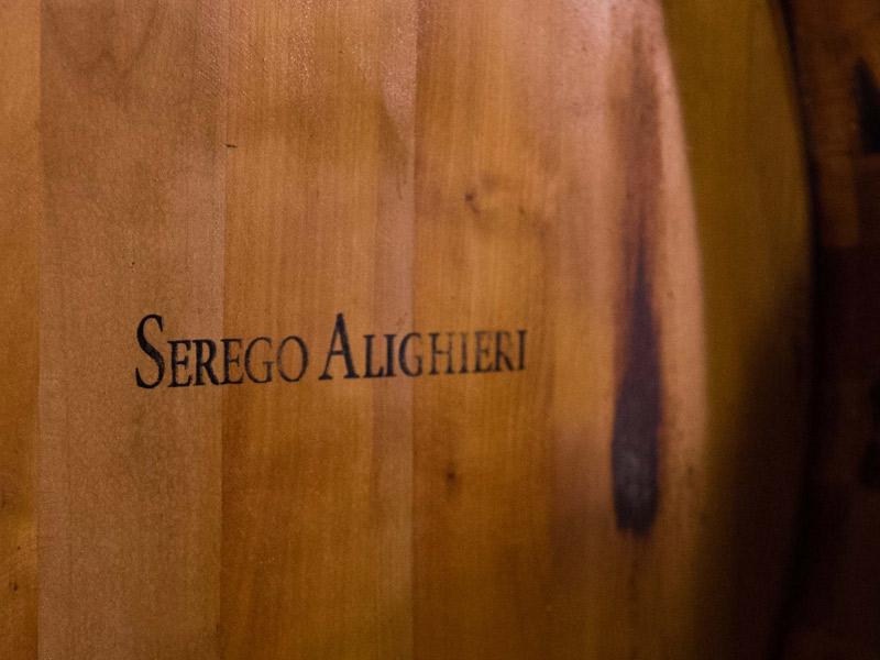 https://winelist.nl/media/cache/16x9_thumb/media/image/brand-banner/Serego_alighieri_wijnvat.jpg