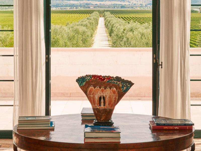 https://winelist.nl/media/cache/16x9_thumb/media/image/brand-banner/Tormaresca_estate.jpg